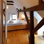 pokoj č.4 s dvojitou postelí a přistýlkou